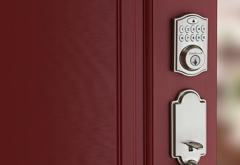 ساختار قفل درب به صورت شبانه روزی